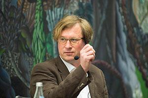 Herr Kraus auf dem Podium