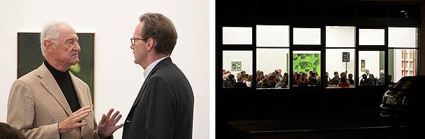 Blick ins Publikum und zwei Personen im Gespräch