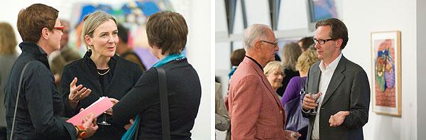 Besucher des Vortrags sowie Gast und Galerist